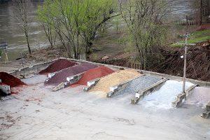 Wilson Blacktop landscaping materials - Bridgeport, Ohio